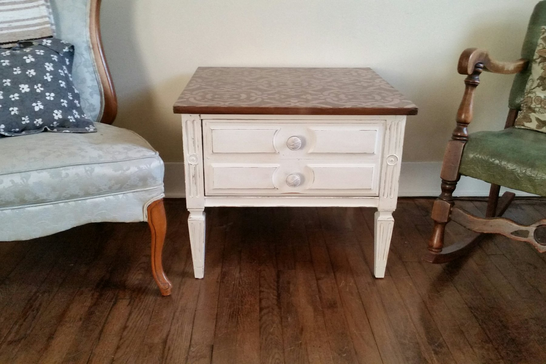set of farmhouse end tables